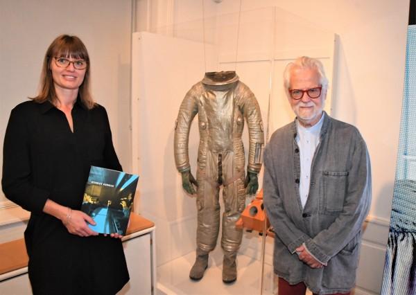 JAN HARLAND, STANLEY KUBRICKS PRODUCE PÅ ÅPNINGEN AV STANLEY KUBRICK  utstillingen på Gl. Strand, København. Foto Hasse Ferold.