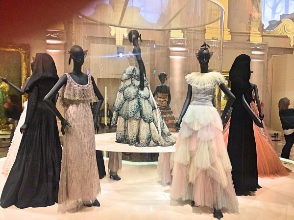 Evening dresses Dior. Photo Henning Høholt.