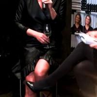 Vendela Kirsebom blir intervjuet. Foto Henning Høholt.