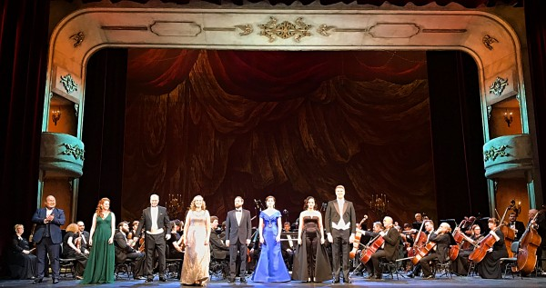 8 soloists at the Bolshoi stage. All photos: Romuald Sip.