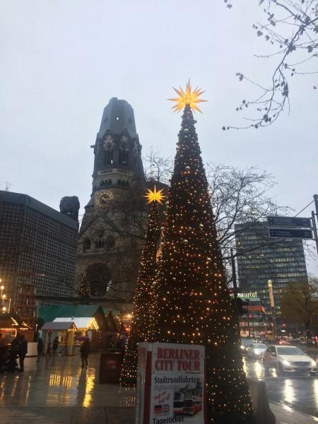 Christmas market by Kurfürstendam. Foto Tomas Bagackas