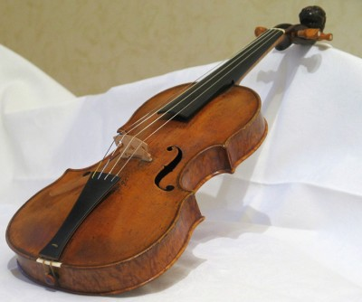 Violin by Jacobus Stainer